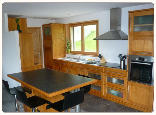 Menuisier haute savoie menuiserie et agencement de meuble for Cuisine agencement