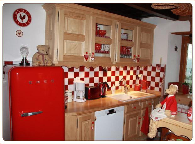 Cuisine bois rouge - Cuisine en bois rouge ...